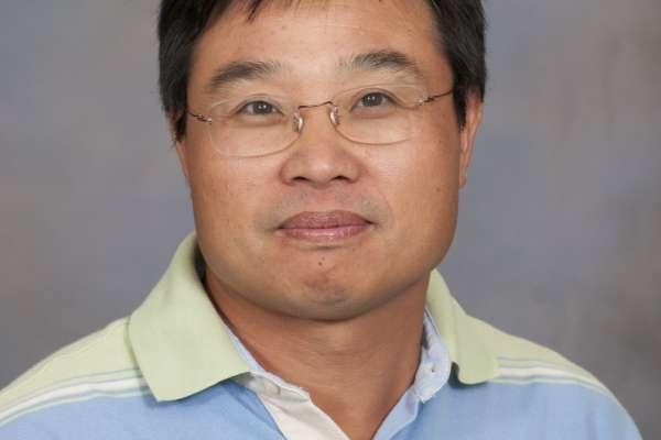 Faculty Photo - Sam Wu